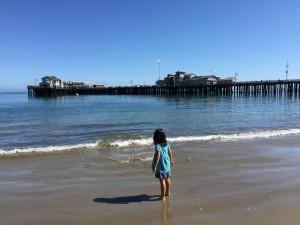 サンタモニカビーチと良く似たピアがサンタバーバラにもありました。西海岸標準?